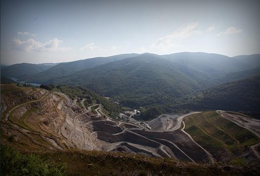 Mine à ciel ouvert de Magnésie